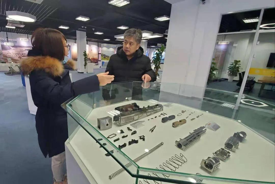 独家专访!辽宁日报就中钛装备集团发展历程及未来规划进行专题报道